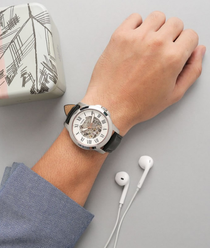 Watch Fossil. Buy watch Fossil . Best prices in the store Ola.Market