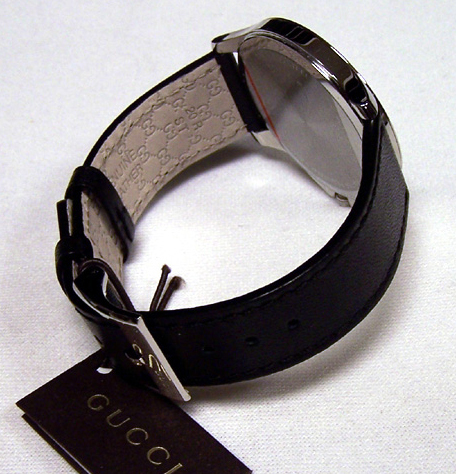 b2183efd8f0 Gucci Watch. Buy Gucci watches . Best prices in the store Ola.Market